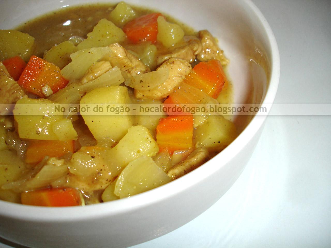 Raiscare (curry de frango à moda japonesa)