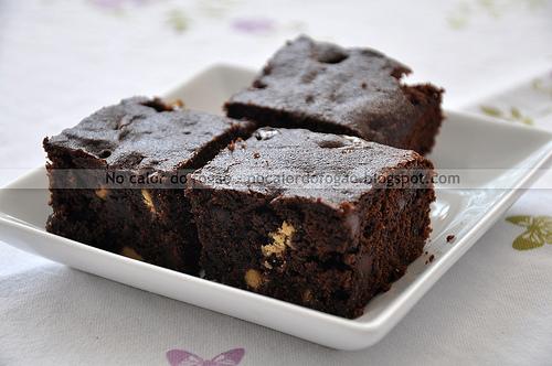 Brownies 'cakey' com farinha de trigo integral