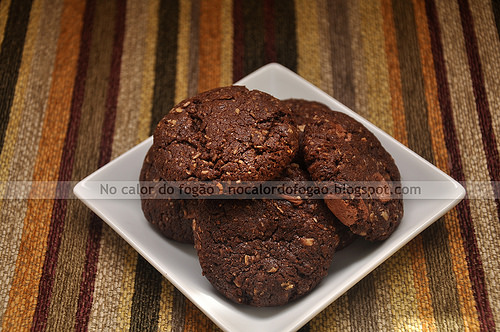 Cookies de aveia, coco e chocolate