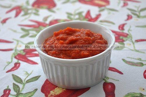 Molho de tomate enriquecido à moda da casa
