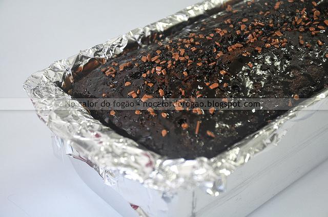 Bolo de chocolate triplo do Prato Fundo