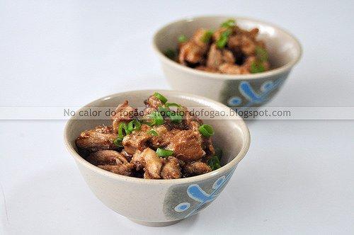 Frango ao gengibre (shogayaki)