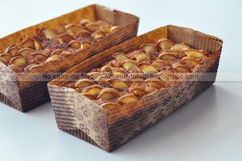Bolo de maçã e amêndoas (adoçado com passas)