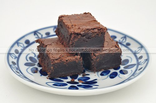 Brownies de chocolate com espelta