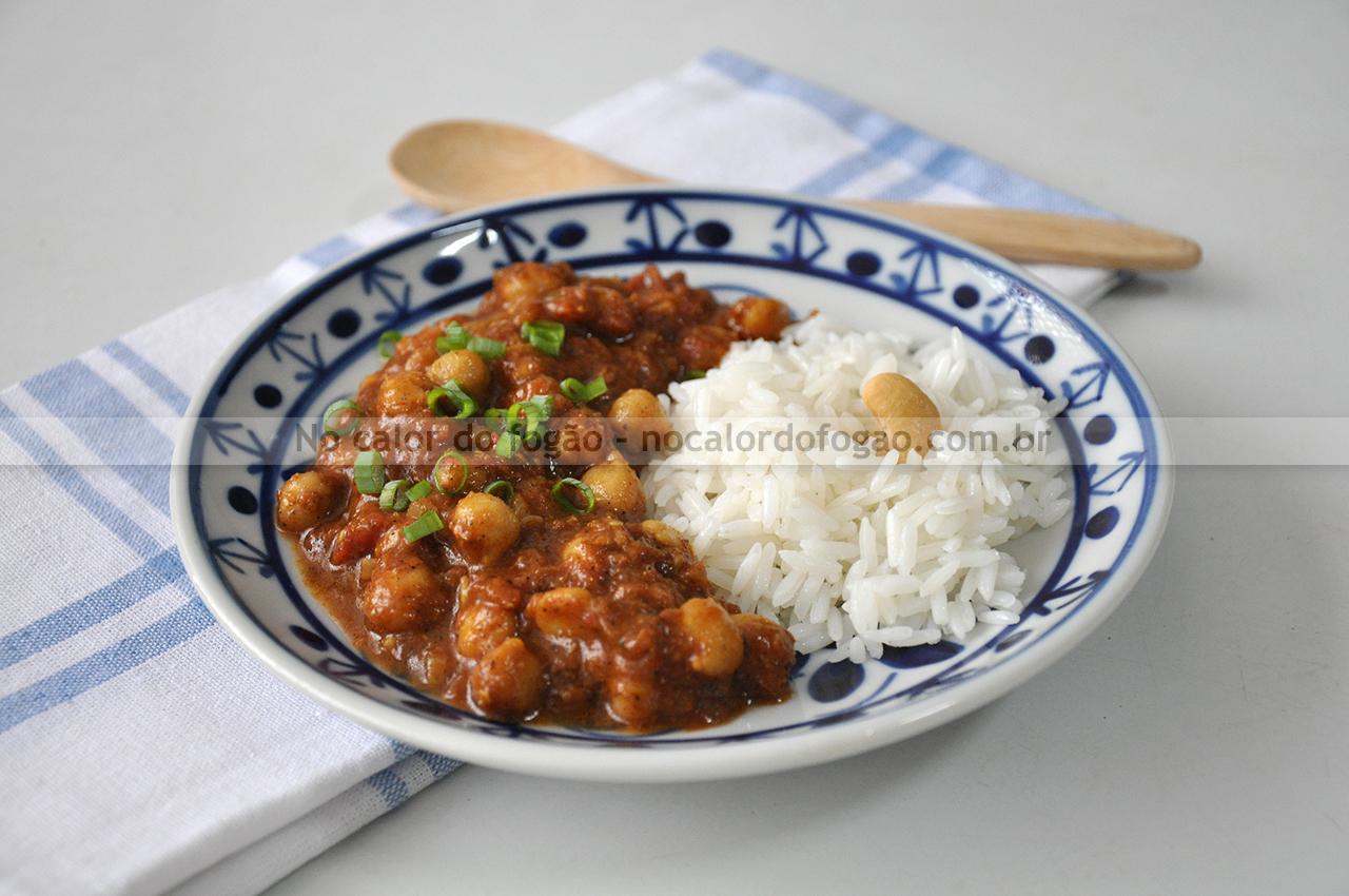 Curry vegano de grão-de-bico