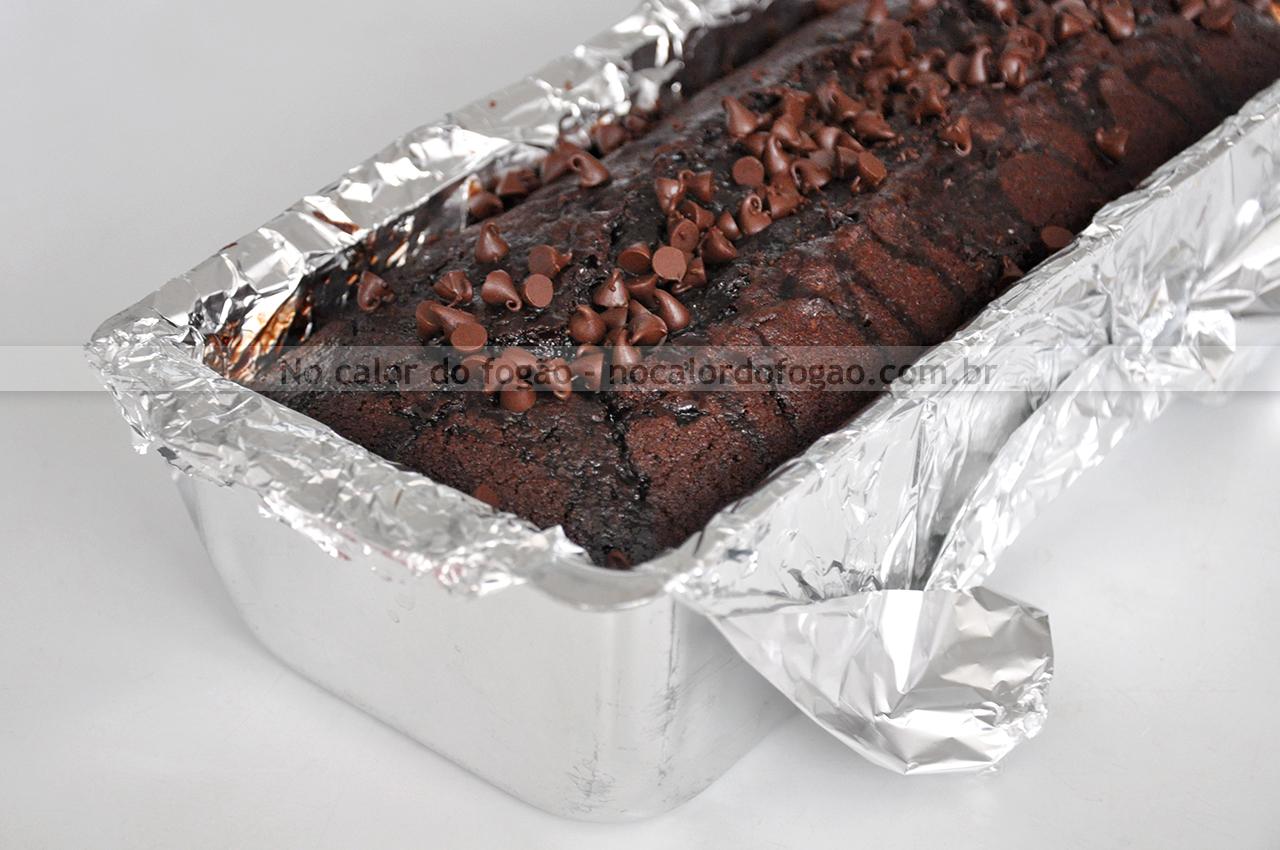 Bolo quádruplo de chocolate