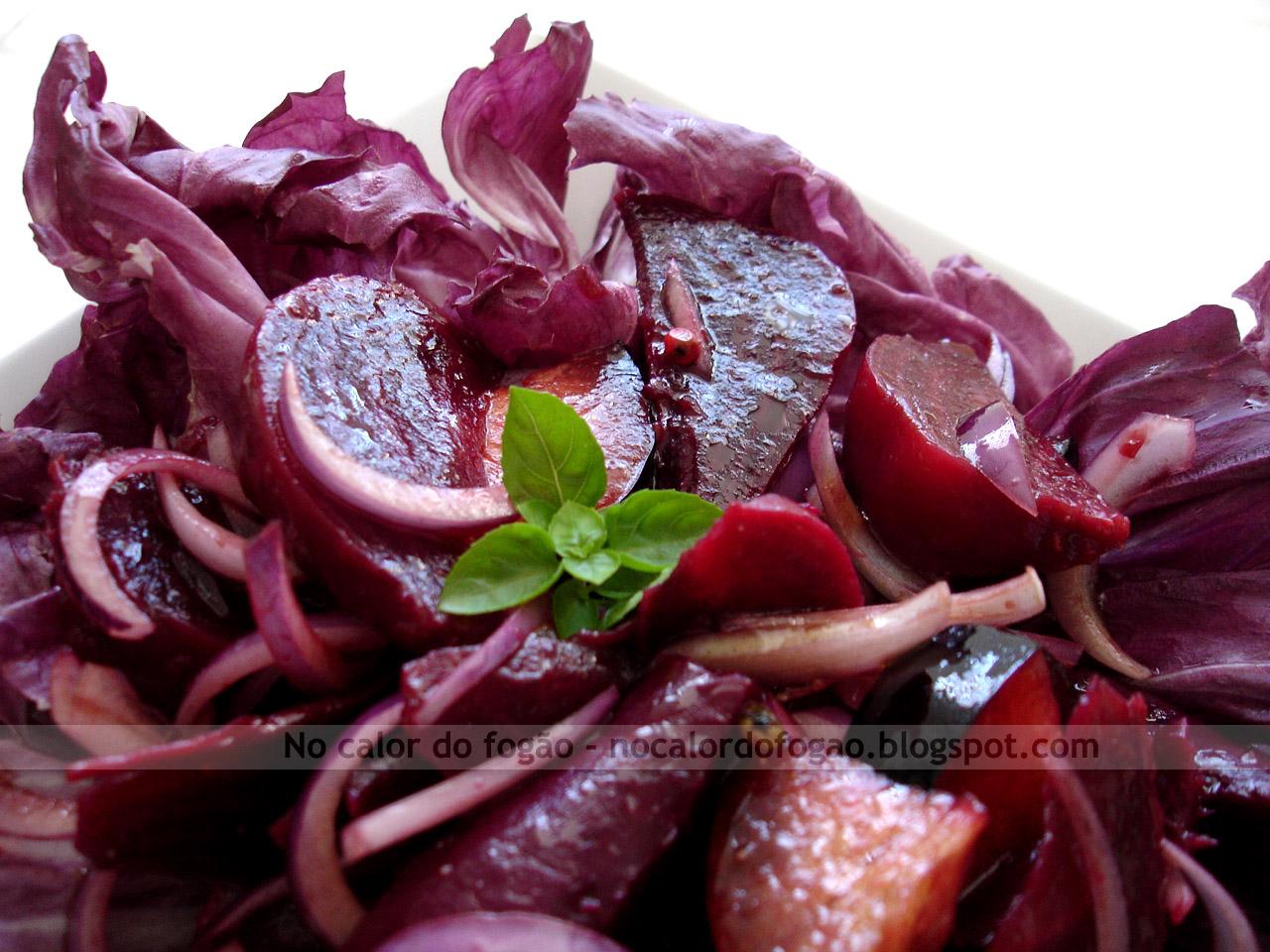 Salada de roxos