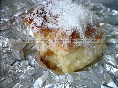 Bolo gelado de coco (toalha felpuda)