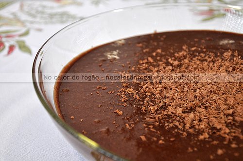 Mousse de chocolate com marshmallows da Nigella
